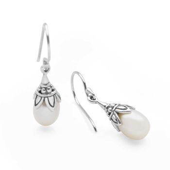 Mistica Pearl Earrings