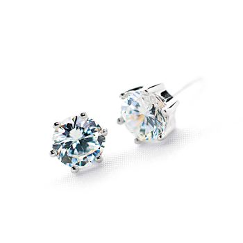 Le Stud Earrings 7mm