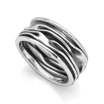 Midnight Wave Ring