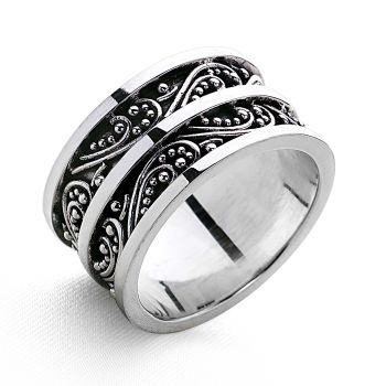 Tanatese Ring