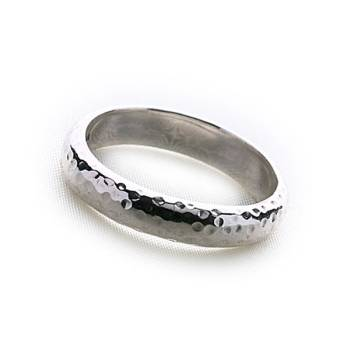 Bali Hammered Ring (Medium)
