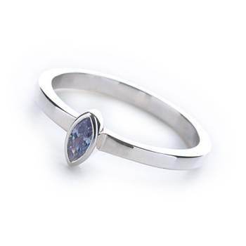 Le Stack Ring Marquise (Lavender CZ)