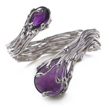 Eastern Essence Bangle (Amethyst)